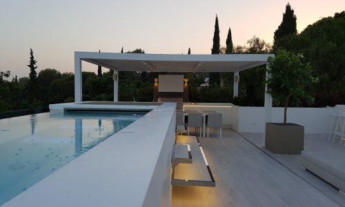 Astonishing Terrace with Bioclimatic Pergola in Camojan Marbella