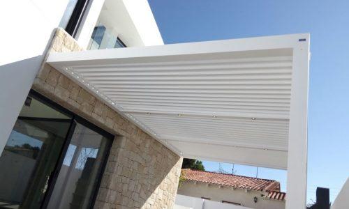 Elegant Bioclimatic Terrace Cover in Marbella