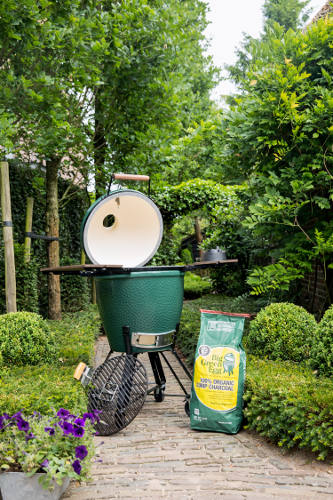 Cocina de exterior basada en los kamados asiáticos