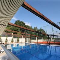 Cubierta retráctil Suntech perfecta para piscinas
