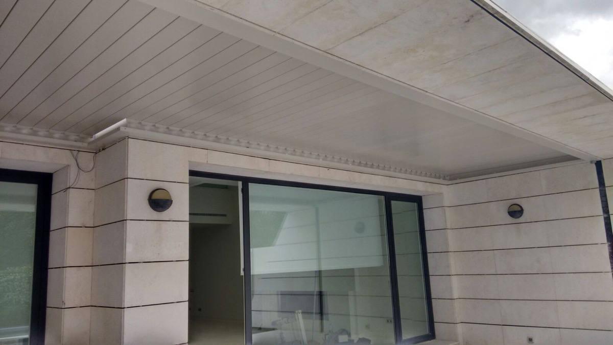 Instalación de pérgola bioclimática en La Finca