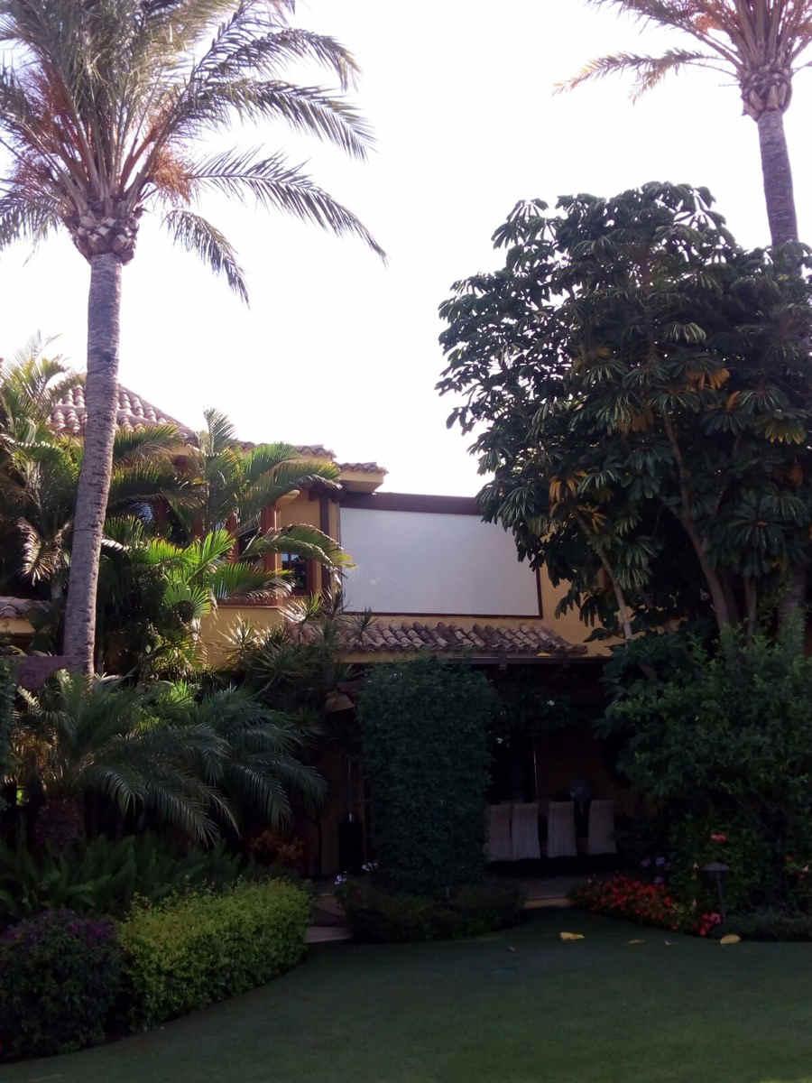 2 instalaciones de pérgolas bioclimáticas Biossun en Marbella