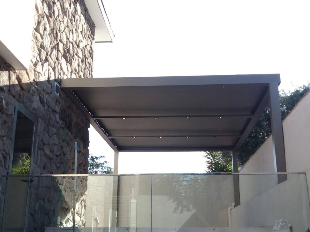 Instalación pérgola bioclimática en un patio particular en Madrid