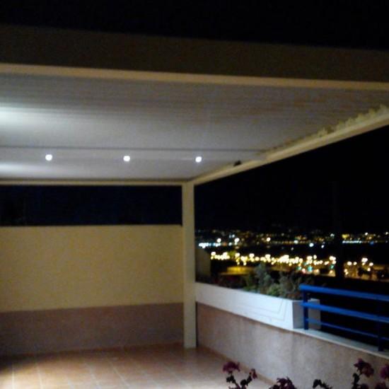 Instalación de pérgola bioclimática en Málaga